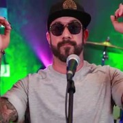 aj mclean zingt live together bij pereztv